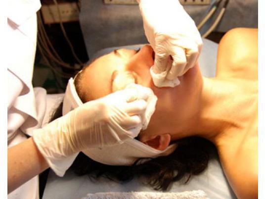 Черные точки на лице - лечение камидонов
