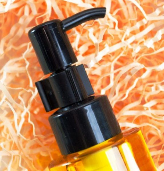 Гидрофильное масло для умывания: показания, правила применения, обзор популярных средств